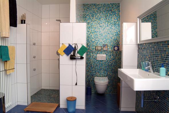 Interessant Badezimmer Mosaik ~ Mosaikfliesen verlegen im badezimmer