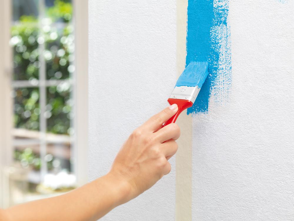 Saubere farbkanten beim streichen diy academy for Wand zur halfte streichen