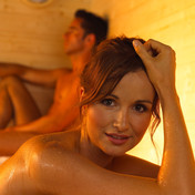 angenehme und gesunde sauna hitze. Black Bedroom Furniture Sets. Home Design Ideas