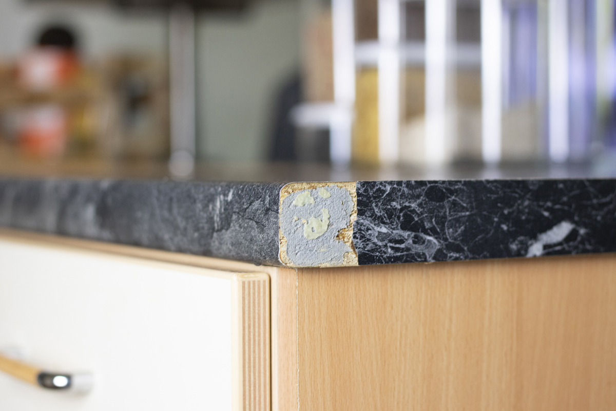 Umleimer an Küchenarbeitsplatte erneuern  DIY Academy