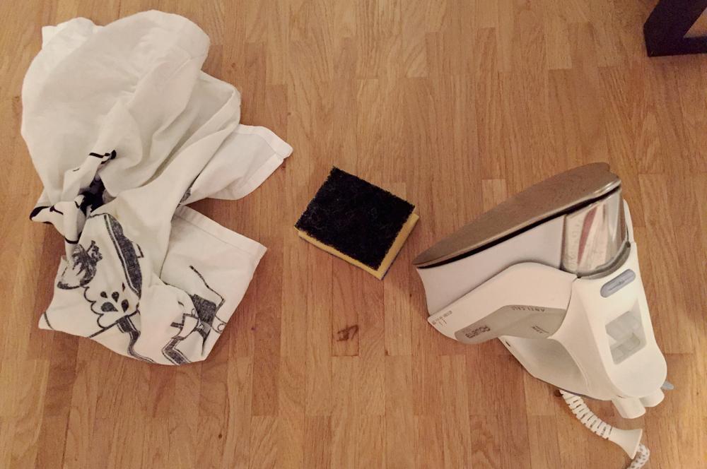risse und kratzer in holz reparieren. Black Bedroom Furniture Sets. Home Design Ideas
