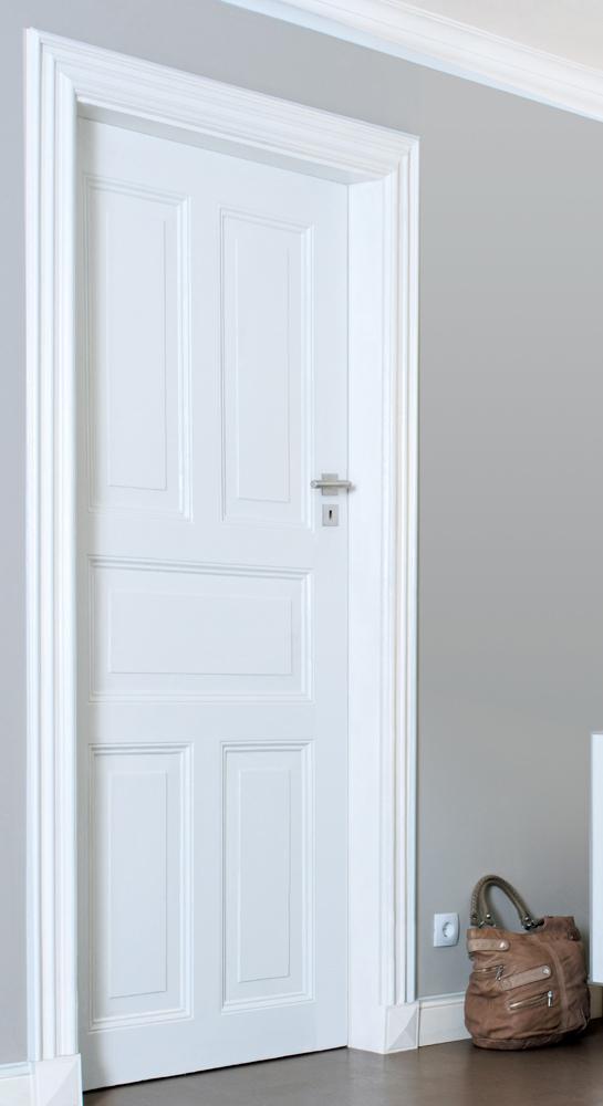 holzt ren richtig streichen diy academy. Black Bedroom Furniture Sets. Home Design Ideas