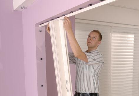 einbau einer zweifl geligen faltt r. Black Bedroom Furniture Sets. Home Design Ideas