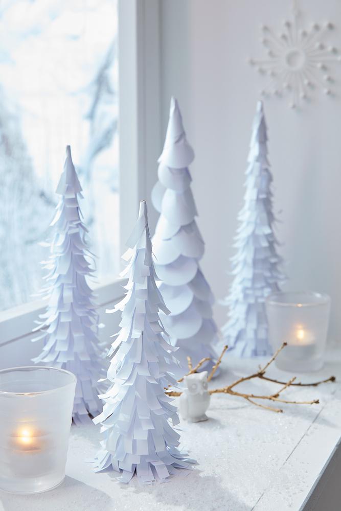 diy weihnachtsdeko winterwald aus papier diy academy. Black Bedroom Furniture Sets. Home Design Ideas