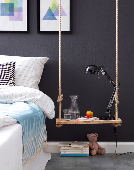 h ngender nachttisch. Black Bedroom Furniture Sets. Home Design Ideas