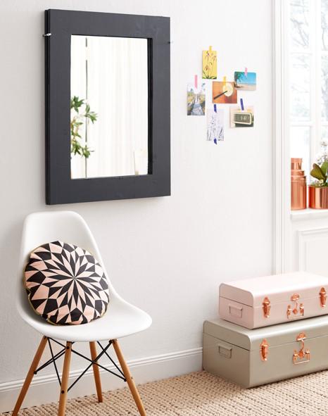 klapptisch mit spiegel. Black Bedroom Furniture Sets. Home Design Ideas
