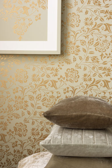 goldornamente an der wand. Black Bedroom Furniture Sets. Home Design Ideas