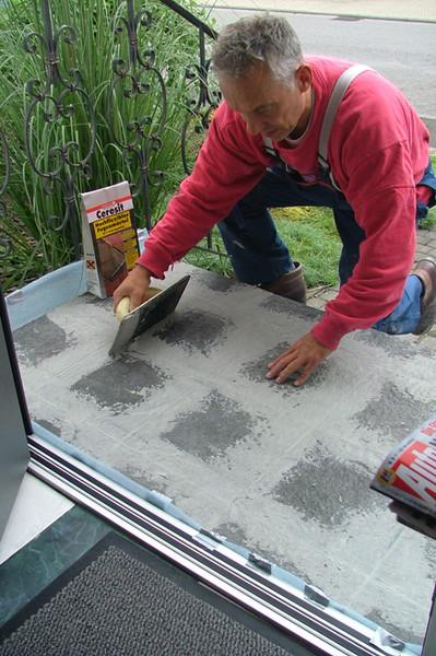 Au entreppen sanieren - Fliesenkleber von fliesen entfernen ...