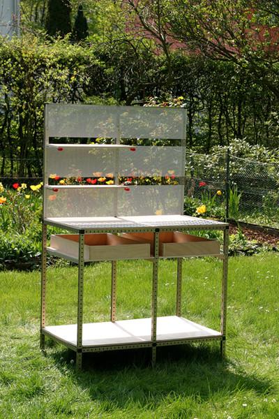 pflanztisch aus alu profilen diy academy. Black Bedroom Furniture Sets. Home Design Ideas